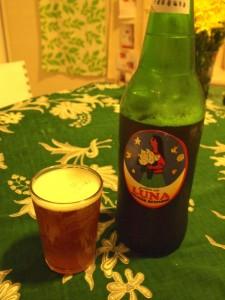 手作りビールもいろいろあります。ラベルで選んだビール、味はまあまあ。